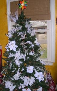 2015 white tree